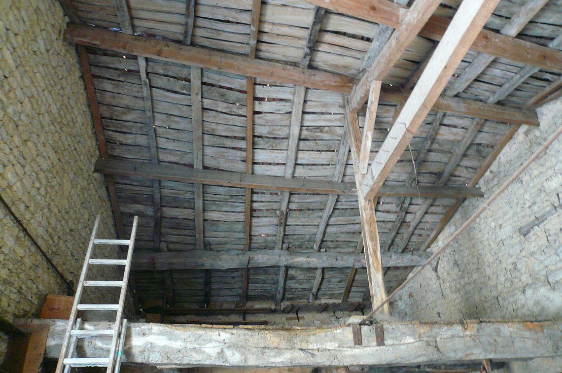 renover une grange en loft affordable loft aprs rnovation with renover une grange en loft. Black Bedroom Furniture Sets. Home Design Ideas