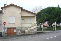 adequat : Maison des années 40 à l'Isle d'Espagnac