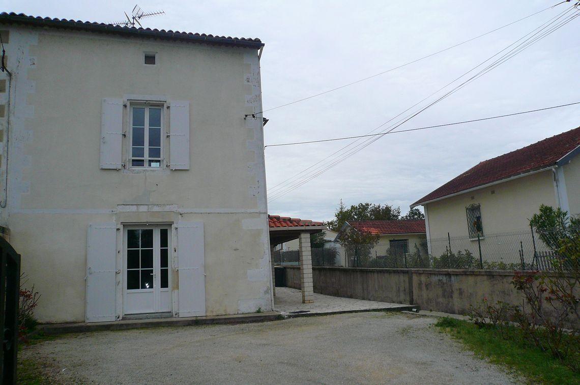 Maison ancienne avec 3 chambres