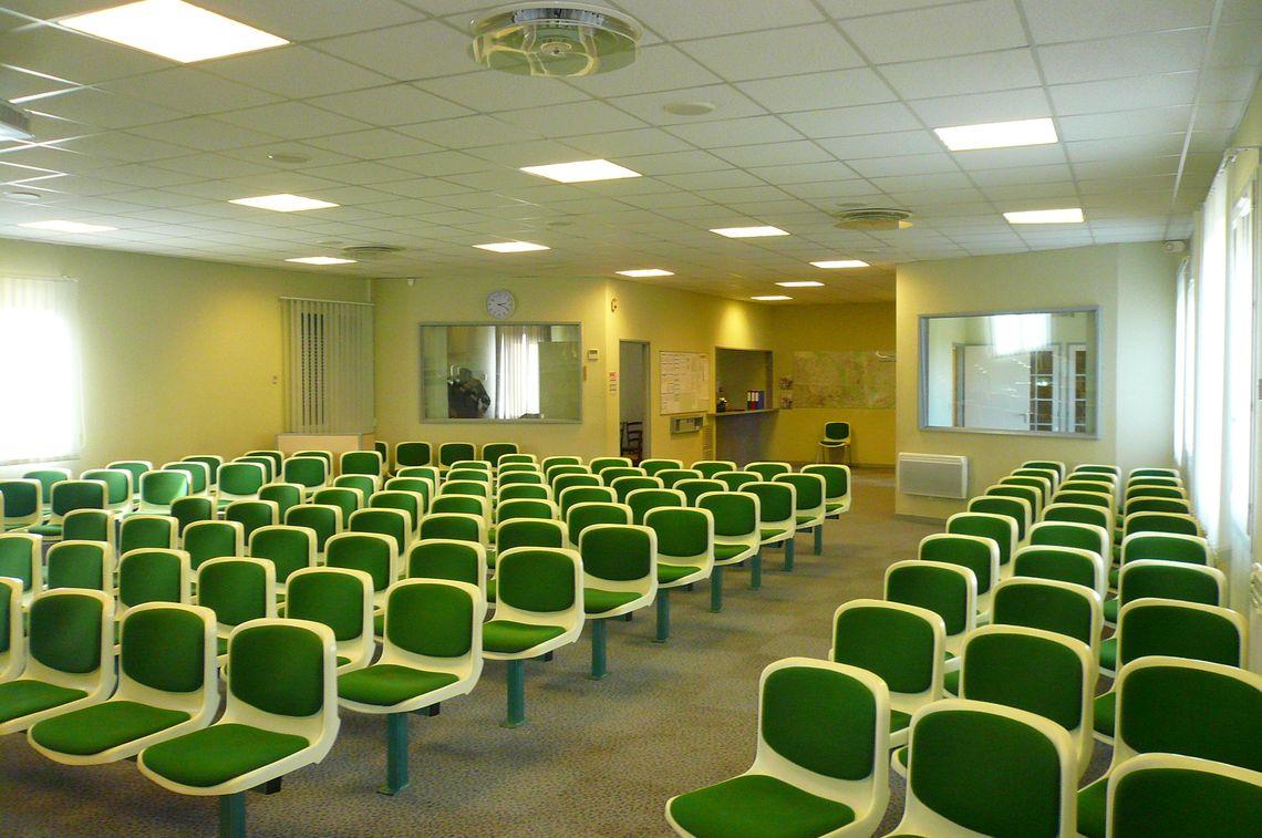 Vous cherchez une structure pour vos bureaux ou salles de réunions ?