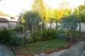Maison de ville avec beau jardin