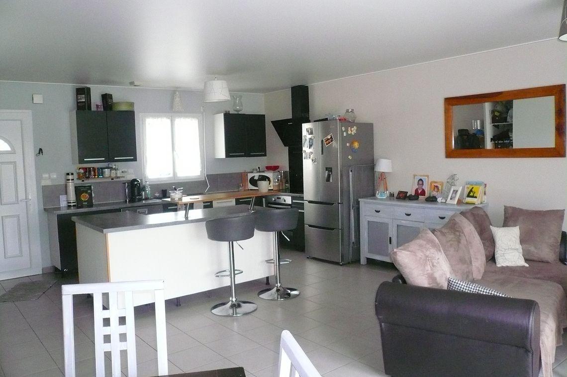 Maison fonctionnelle avec 4 chambres