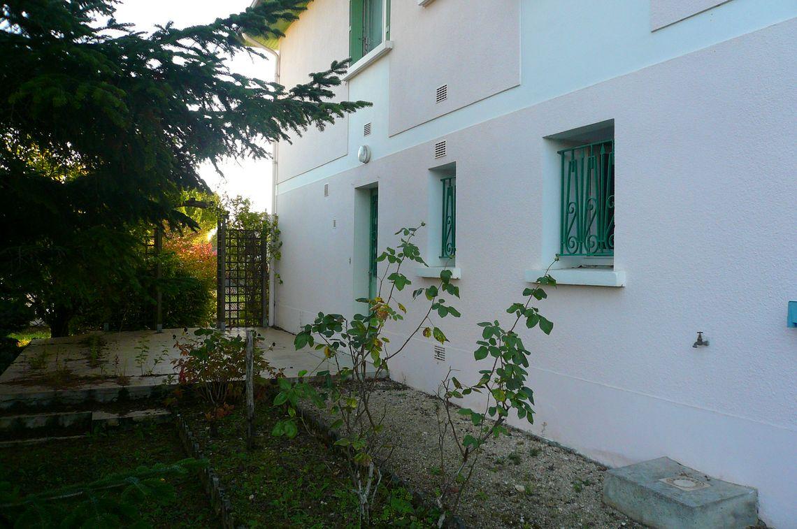 Maison située proche des commodités