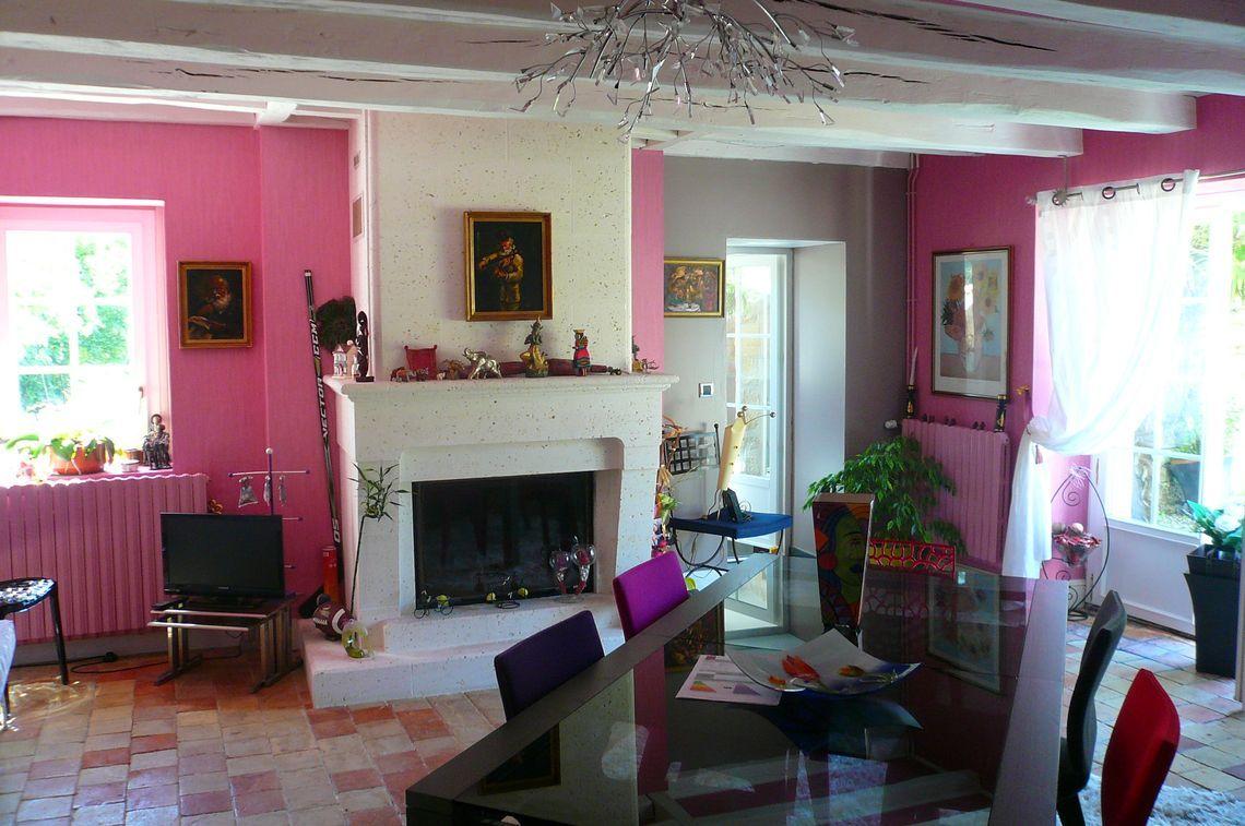 Agencement de cette maison en pierre en Charente