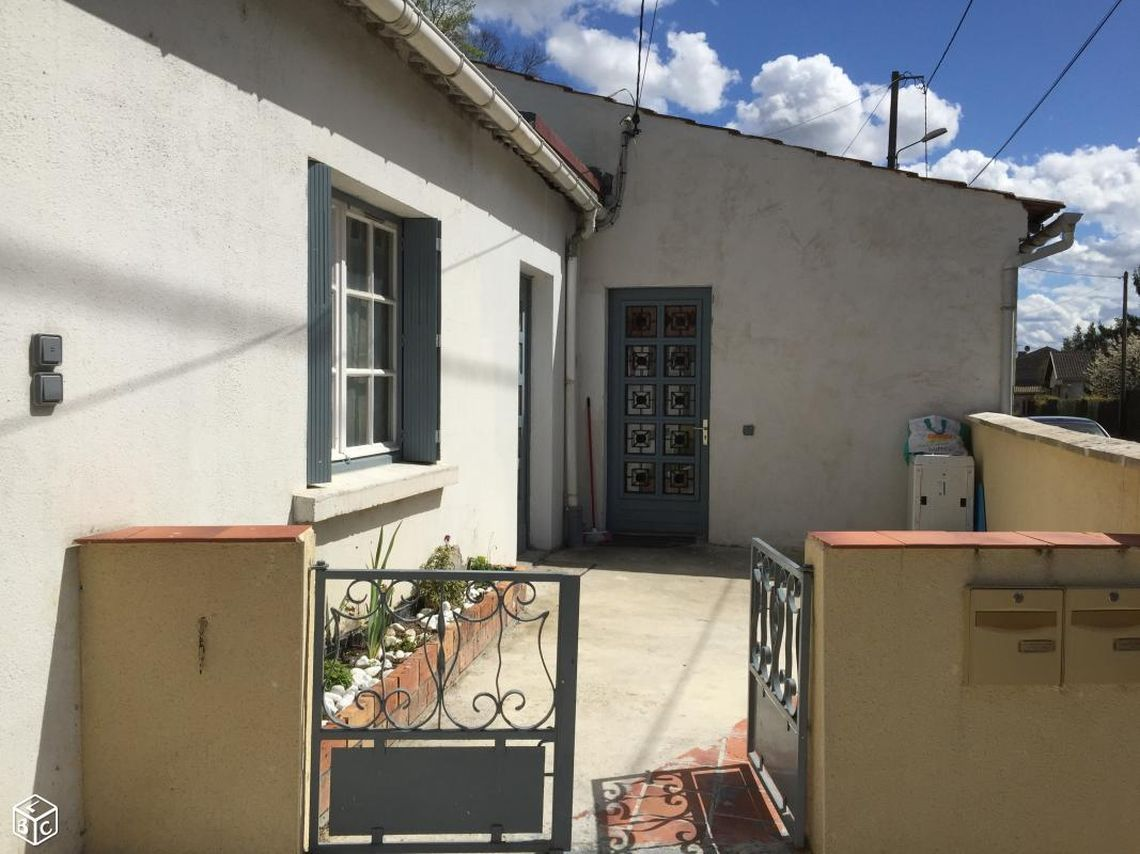 Immeuble de rapport constitué de 2 logements à usage locatif