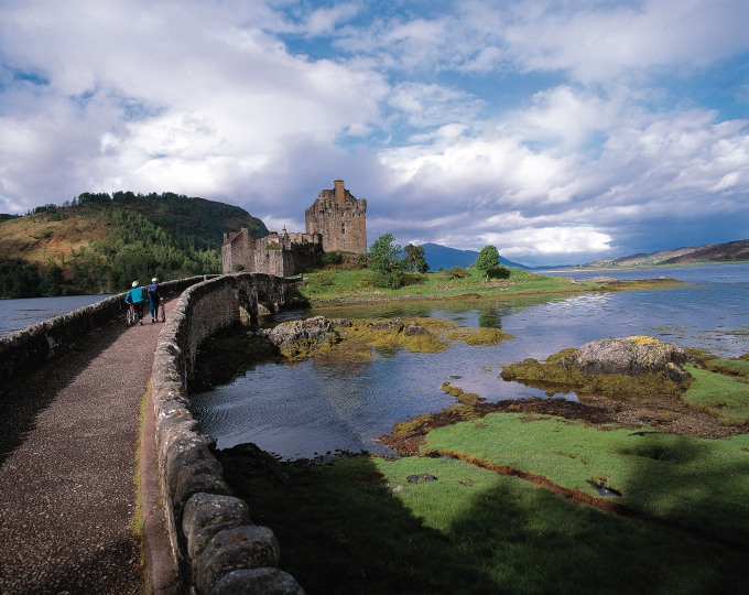 Visites possibles à Edinburgh et Stirling en familles hôtesses