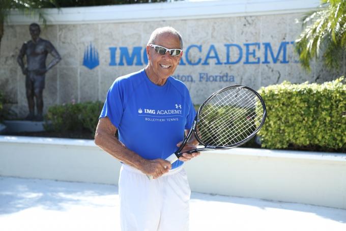 Quel stage de tennis choisir à la IMG AcademyTennis ?