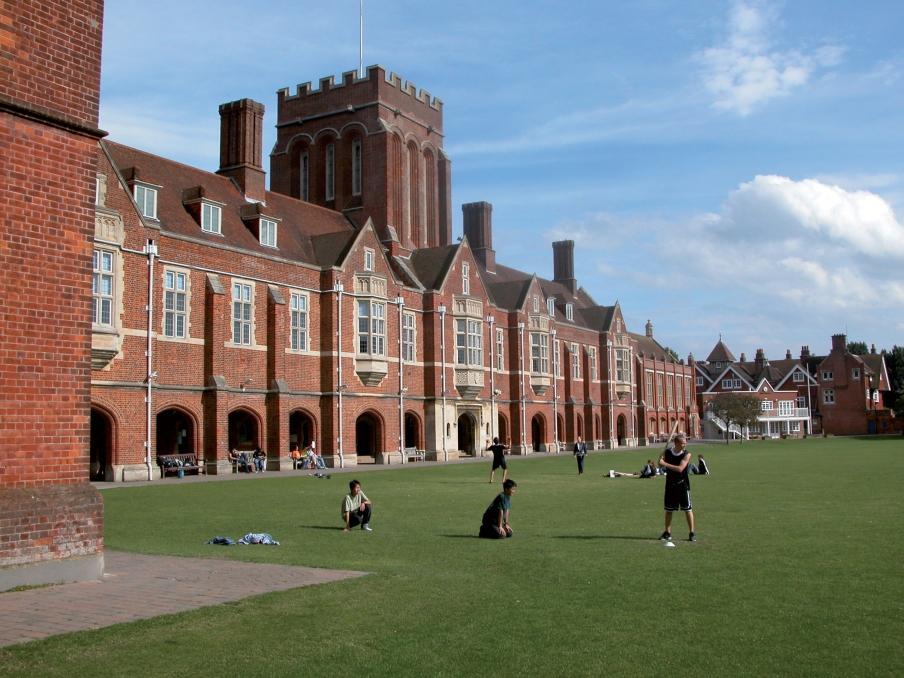 Immersion, activités et cours à Eastbourne